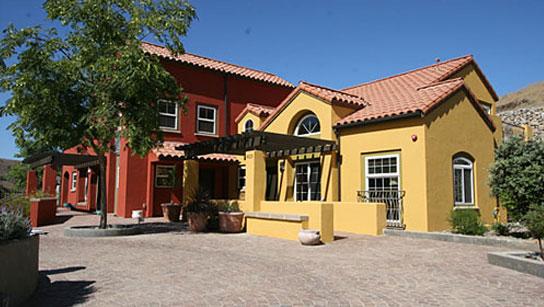 USC_Wrigley_Boone_Center_Housing6
