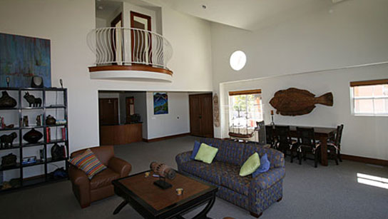 USC_Wrigley_Boone_Center_Housing7