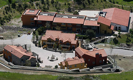 USC_Wrigley_Boone_Center_Housing9